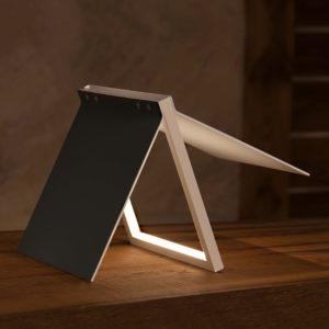 lampada a led da tavolo di design