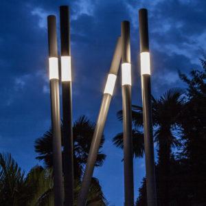 Pali-per-illuminazione-esterna-Lucciola-di-Brillamenti