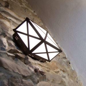 Lanterna Led moderna e di design