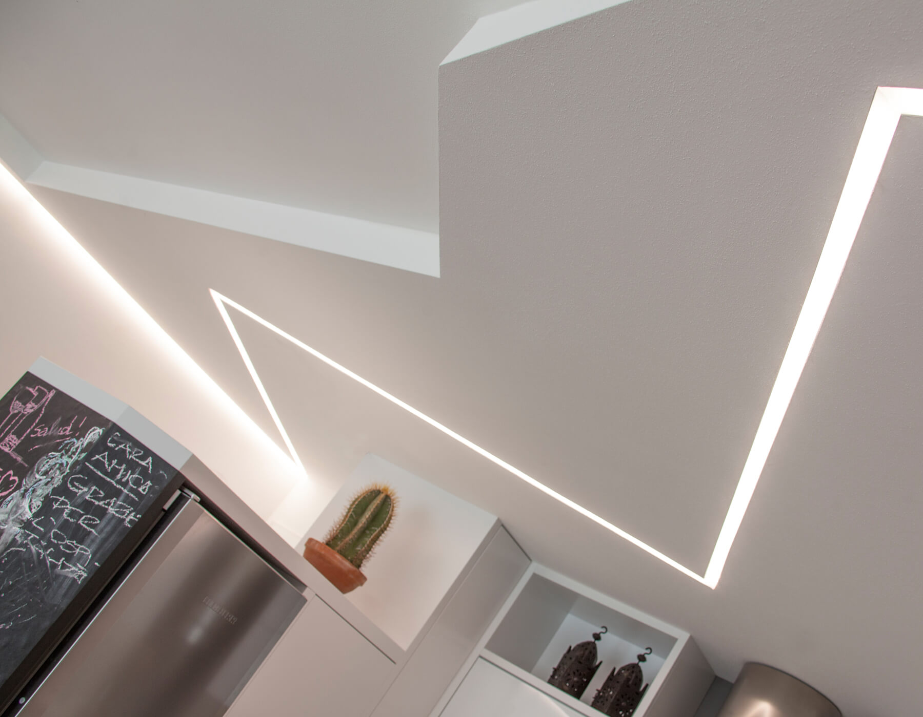 Barra filo led brillamenti 2 brillamenti - Come illuminare casa ...