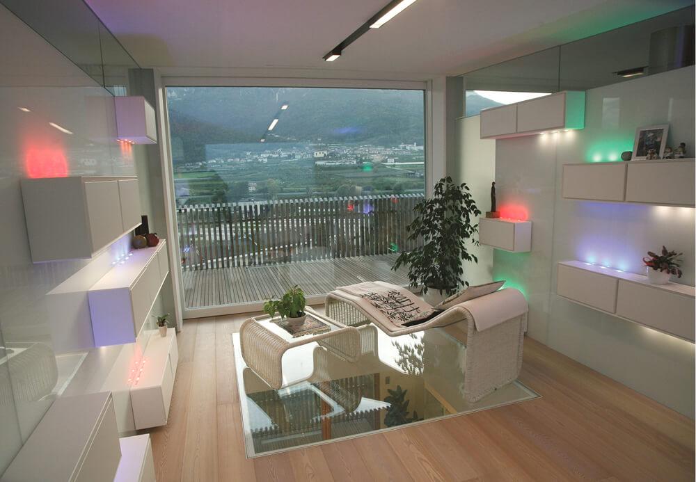 Illuminazione soggiorno con barre brillamenti - Illuminazione per soggiorno ...