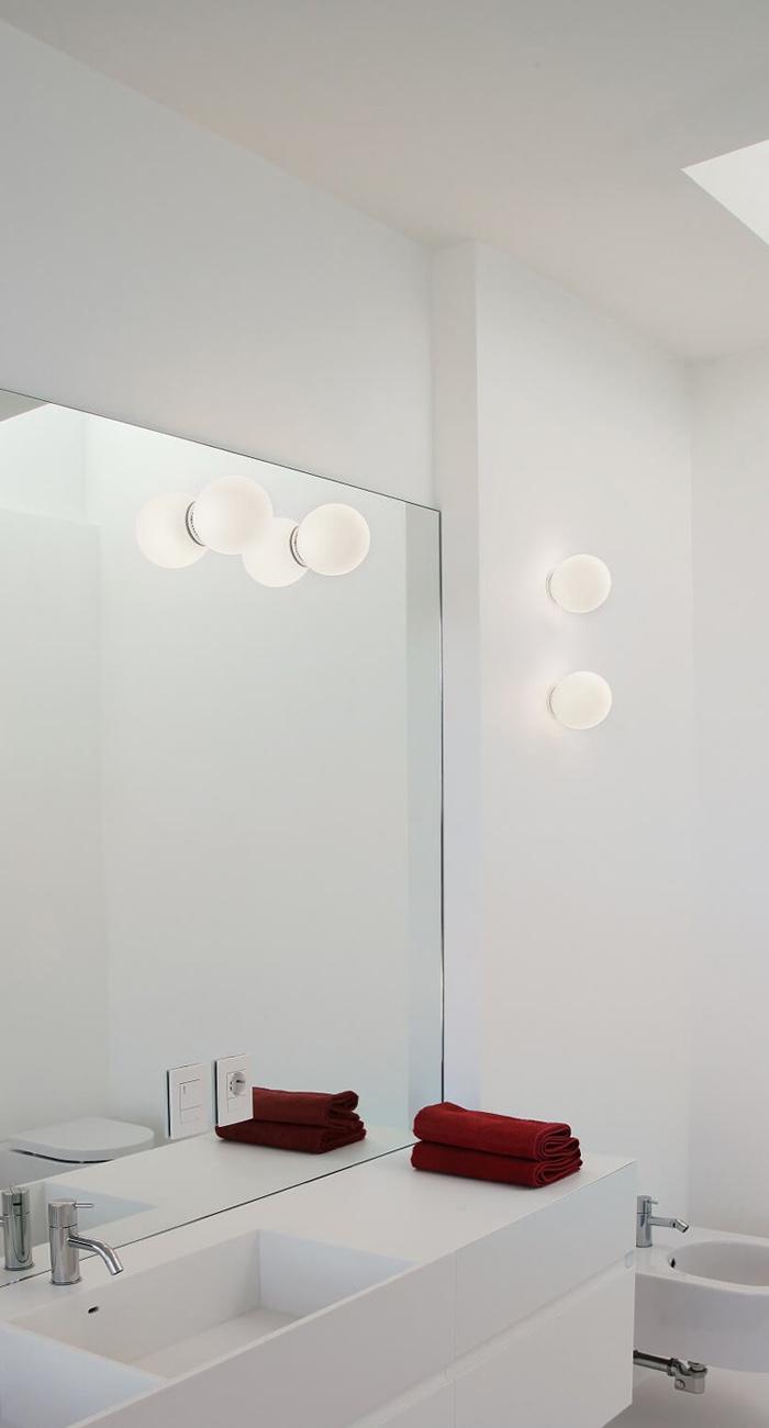 Illuminazione led specchio bagno come illuminare il bagno brillamenti - Come illuminare il bagno ...