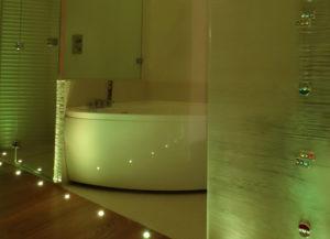 Luci-cromoterapia-faretti-led-RGB-bagno-IP65-come illuminare il bagno