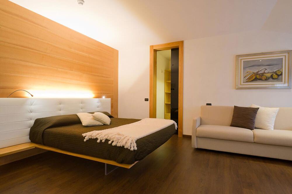 Illuminare-la-camera-da-letto-matrimoniale-minimal-brillamenti ...